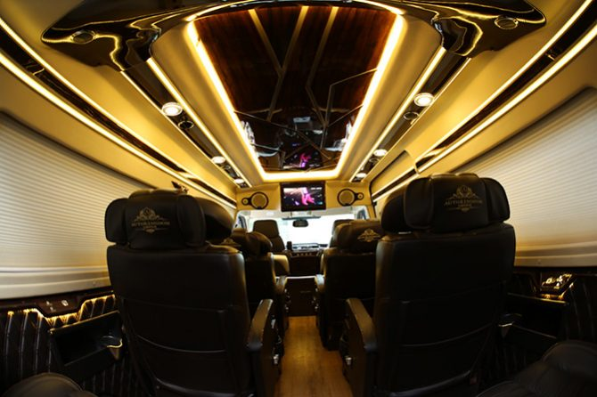 Private Limousine from Mui Ne to Ho Chi Minh