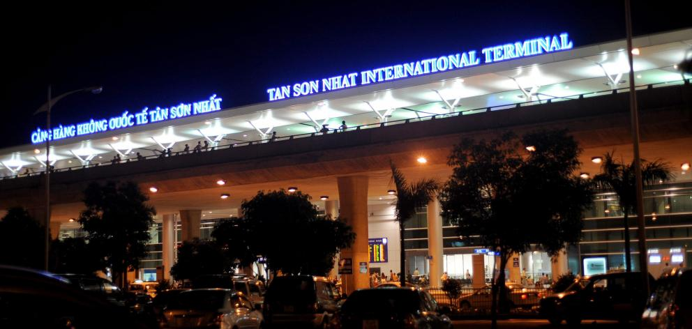 Private Transfer from Tan Son Nhat Airport to Mui Ne
